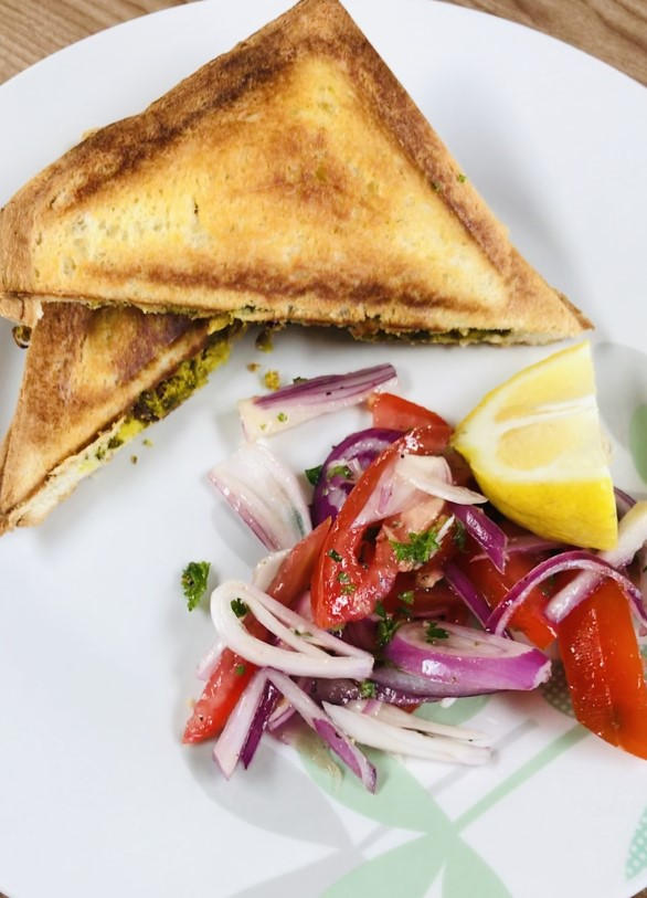 spicy chicken & feta cheese sandwich
